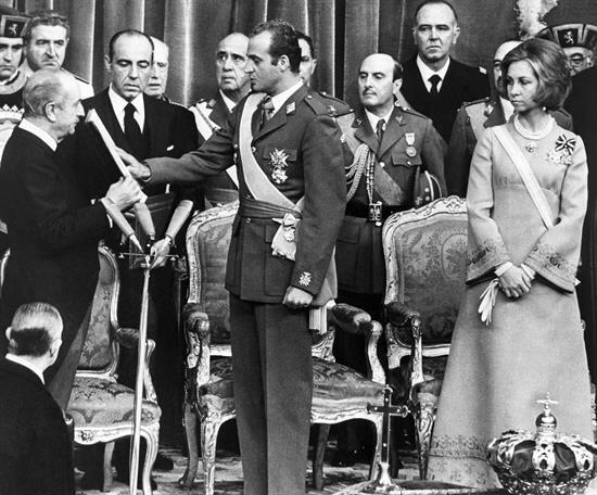 El de Juan Carlos es uno de los reinados más largos de la historia, desd...