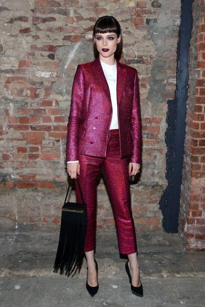 No olvides agregarle a tu 'outfit' unos 'stilettos' para darte mayor pro...