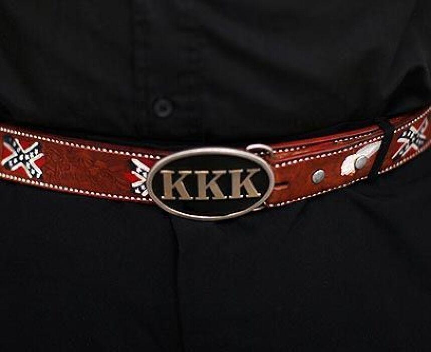 Pasado los condenaSi bien en el pasado el KKK se dedicaba a perseguir af...