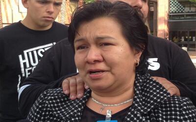 Sandra López, madre del marine Carlos Segovia, asesinado en Los &...