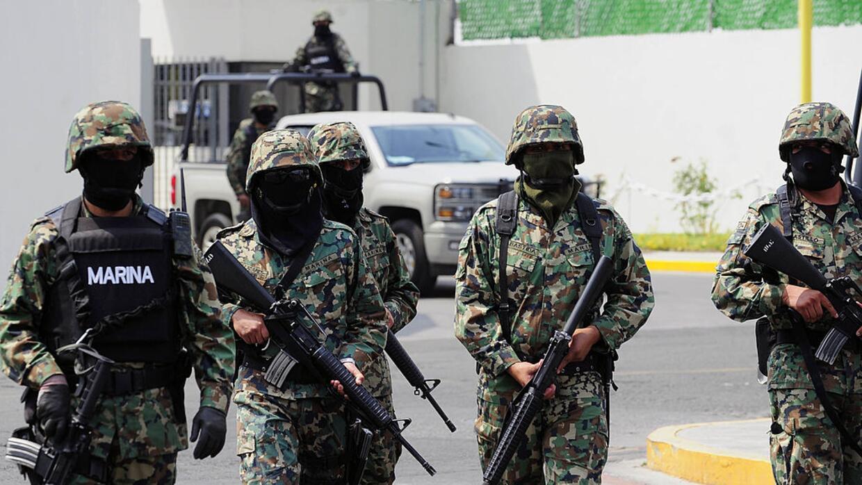 Efectivos de la Marina de México