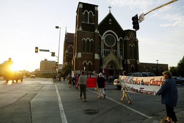 Catedral Santuario de Nuestra Señora de Guadalupe en Dallas, Texas, Esta...