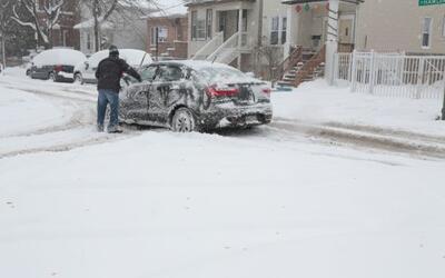 Chicago cubierto de nieve e intenso frío