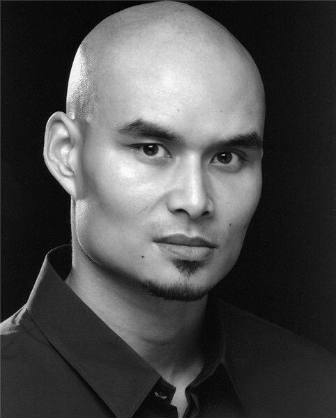 Khan Bonfils actuó en cintas como 'Star Wars Episode I: The Phant...
