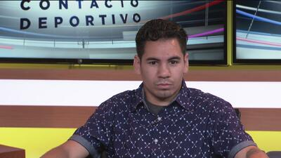 """Manuel """"Tino"""" Ávila visita el estudio de Univision 19"""