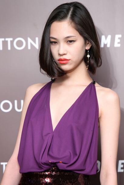 Asimismo, una real belleza oriental es Kiko Mizuhara.