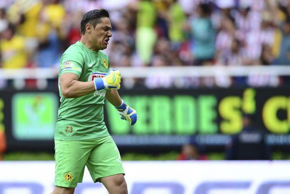 23.- Moisés Muñoz: El arquero, que regresó de su lesión, tuvo una acepta...