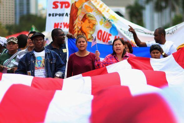 La principal manifestación, organizada por una coalición d...