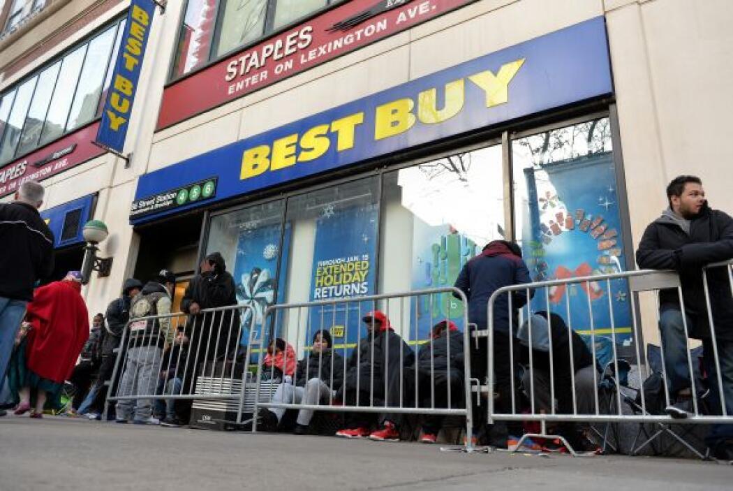 1. Best Buy, Sears y Home Depot tendrán ofertas del 30 al 40 por ciento,...
