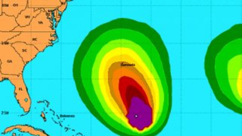 """La marejada que está causando """"Leslie"""" puede llegar a afectar a la costa..."""