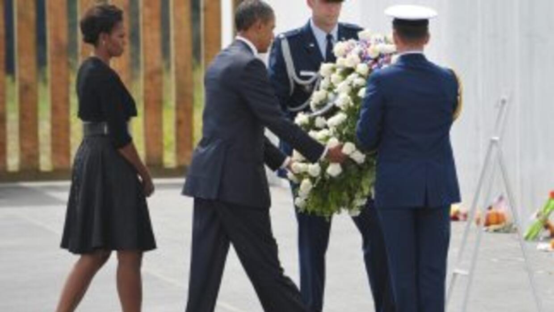El Presidente Barack Obama y su esposa conmemoran décimo aniversario de...