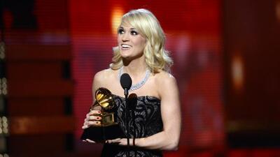 Carrie Underwood cantará la nueva versión de domingo por la noche.