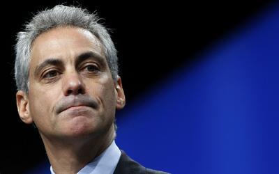 Activistas y alcalde de Chicago se manifiestan contra la muerte de un ni...