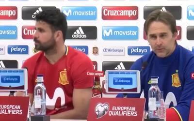 ¿Qué hacía Diego Costa con los micrófonos en una rueda de prensa?