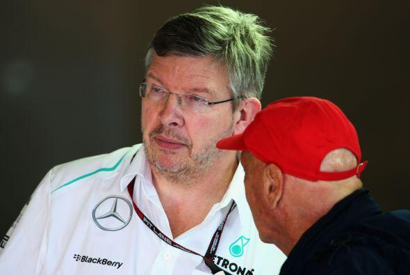 Ross Brawn y el gran Nikki Lauda, intercambiando ideas.