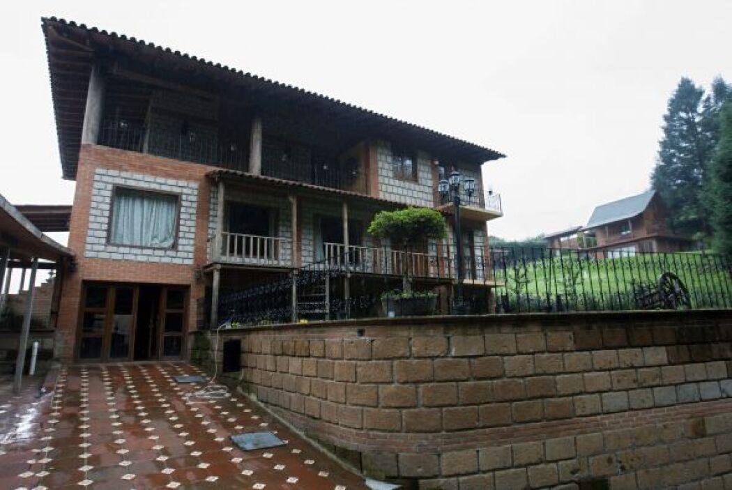 El capo vivía en una casa tipo cabaña ubicada en el poblado de Salazar,...