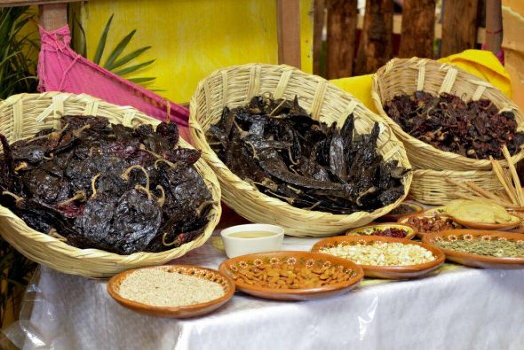 Con ésta, se bañaban las carnes cocidas que tradicionalmente se cocían p...