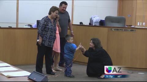 Padres del valle por fin logran la adopción de un pequeño