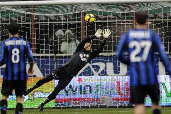 Las cosas empezaron mal para el líder, el Inter, con este gol de...