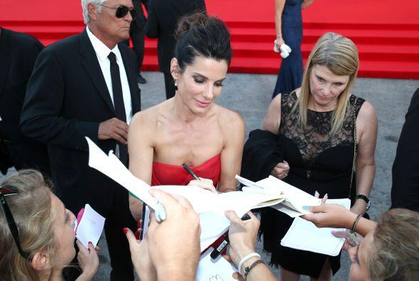 Sandra Bullock se vio muy condescendiente con sus fans.