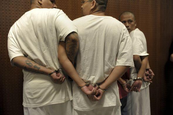 Espinoza, era un policía destacado en el sistema de emergencia 911 del m...