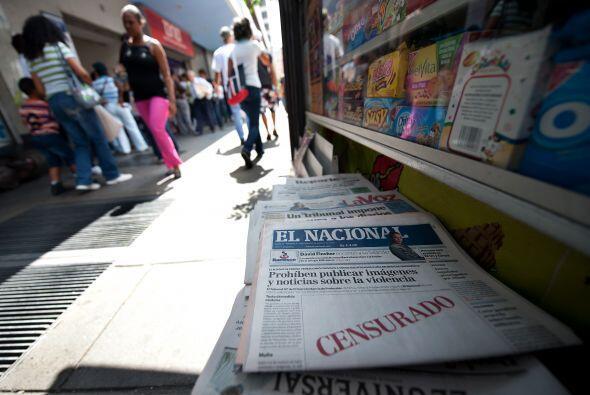 Por esta razón los principales diarios aparecieron con un recuadro de 'C...