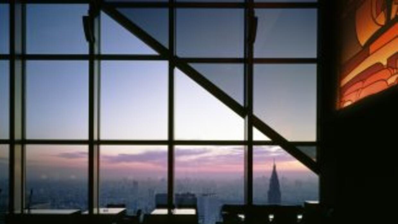 Las vistas del New York Bar del hotel Park Hyatt de Tokio sirvieron para...