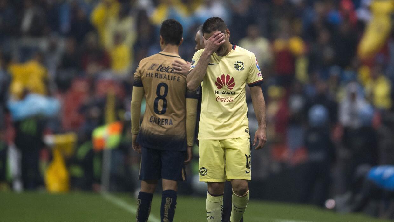 Pablo Aguilar vio la tarjeta roja a los 52 minutos del juego.