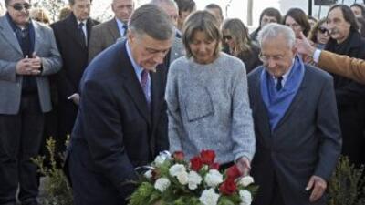 Homenaje a dos desaparecidos en dictadura Argentina