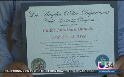 Dos jóvenes hispanos encuentran inspiración y esperanza para su futuro