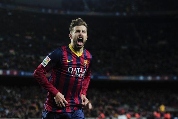 Piqué abrió el marcador para el Barcelona al anotar tras u...