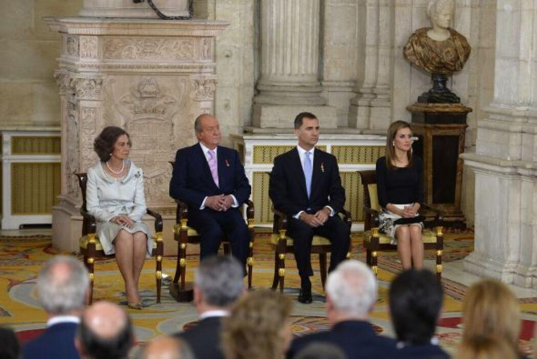 Juan Carlos I firmó públicamente la ley por la que abdica del trono de E...