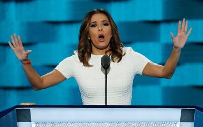 La actriz estadounidense de origen mexicano descargó en sus palabras a T...