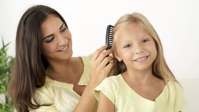 ¿Qué hacer si tus hijos llegan llenos de piojos? Descubre estos remedios...