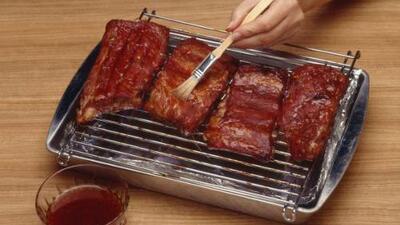 Consumir carne te proporciona hierro y mucha proteína.