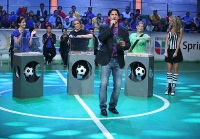 Jorge ponía la emoción durante el concurso, mientras ellas...