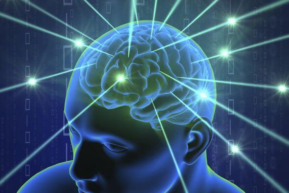 Se supone que la telepatía está relacionada con una pequeña glándula que...