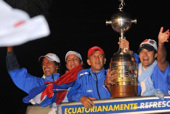 Los festejos fueron en grande. El pueblo ecuatoriano comenzó a sa...