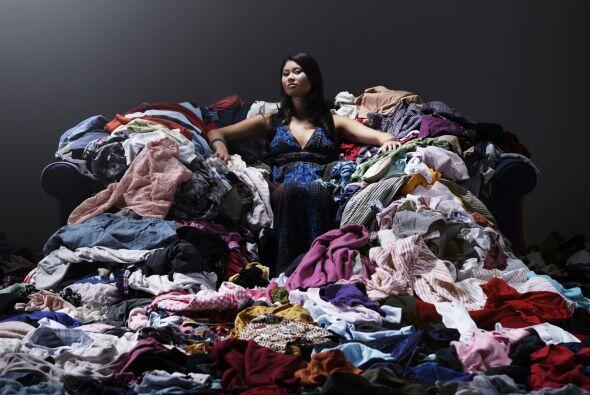 ¿Qué ropa guardar y qué prendas donar? Hay dos preguntas que debes hacer...