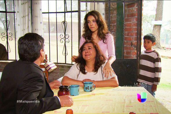 ¡Qué pena sentimos por ti Alejandra y por tu hermanito! Tu mamá fue capa...