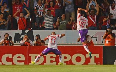 Egidio Arévalo festejando el gol ante Rayados.