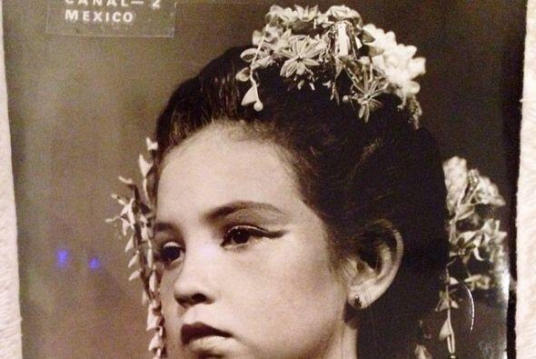 Ella nació  en la Ciudad de México el 26 de agosto de 1971.