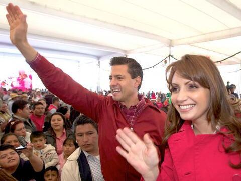 """Enrique Peña Nieto se lanzó como candidato del """"Parti..."""