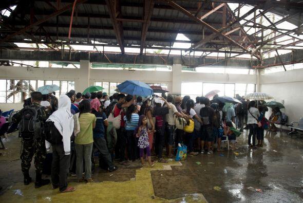MSF dice que se mantienen la alerta de posibles epidemias fiebres tifoid...