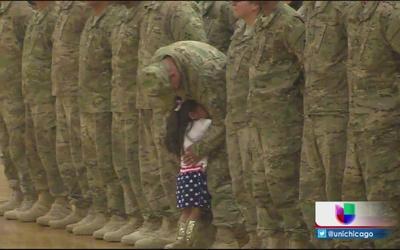 Amor incondicional en ceremonia militar