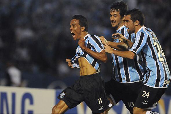 Gremio, el once gaúcho, dos veces campeón del torneo, lleg...