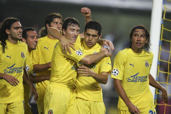 En el mismo 2004 el Villarreal conquistó la Copa Intertoto de la...