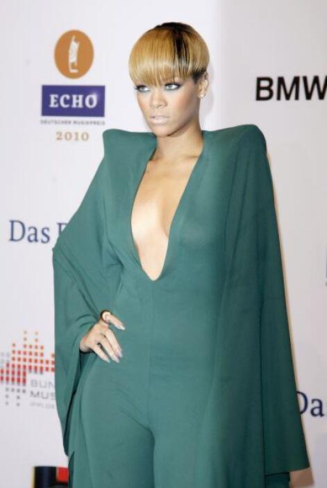 Rihanna no posee una de las delanteras más grandes de la farándula, sin...