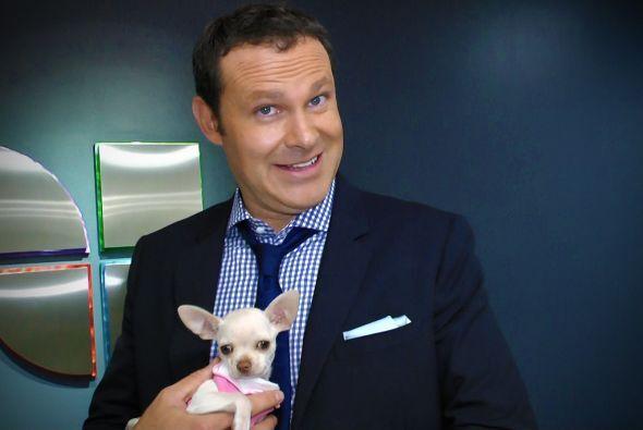Alan es amante de los animales, aquí cuando nos presentó a Boo, la perri...