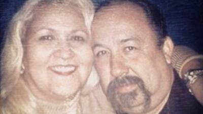 Frank Mendoza y su esposa, Lorraine Mendoza. Foto cortesia de la Familia...